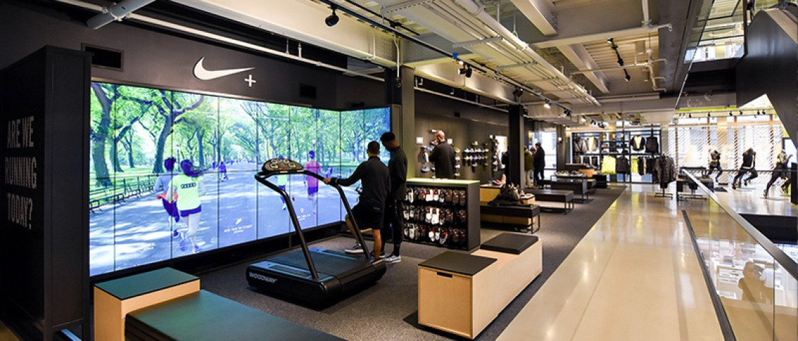 Voilàp Digital: I migliori format Smart Retail -NIKE SOHO